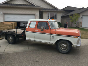 1974 Ford F-250 Camper special Pickup Truck