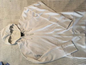 Bench zip-up sweater: Large