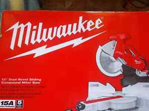 Milwaukee Dual bevel 12 inch litre saw with stand