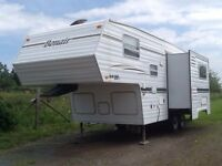 Bonair 5th wheel camper 2005