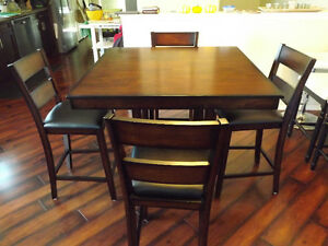 Dark Brown 5-Piece Dining Table Set with Padded Chairs
