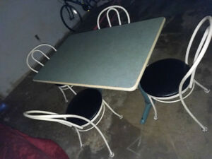 Vintage retro cafe/diner table and 4 John Hauser chairs
