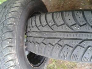 "Pair- 195/65/15""; winter tires on rims(Not studded,LOTS of tread"