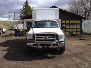 2006 Ford F550 service truck.