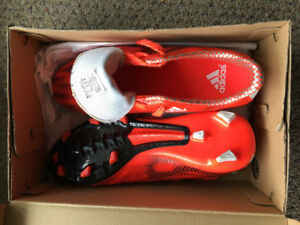 Adidas Soccer Cleats - Men Size 7
