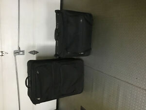 Deux valises Samsonite
