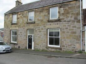 Immaculate fully furnished 2 bedroom flat available to rent in Lundin Links