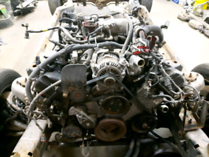 2005 4.6 crown victoria motor and transmission