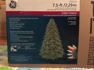 7.5 FT Christmas tree - Colorado Spruce with 600 lights Cornwall Ontario image 1