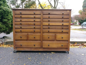 Shop Cabinet + Free Delivery