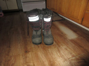 mens dakota steel toed winter boots size 9
