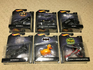 2017 BATMAN Lot of 6 Cars 1:50 Scale Hot Wheels DC Comics - New