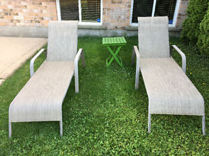 2 Reclining Patio Loungers
