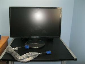 """21 .5"""" LCD Monitor"""