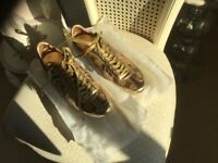 Gucci - ladies gold trainers