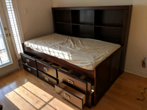 Compartment/buddy bed, wood