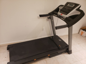 Treadmill - NordicTrack T6.3 - like NEW, barely used