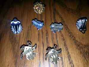 SMALL LOT OF VINTAGE CLIP ON  EARRINGS &1RING $12.00 FOR ALL Windsor Region Ontario image 2