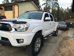 2013 Toyota Tacoma Limited Pickup Truck