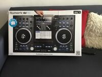 Idj pro dj controller and iPad 4th gen