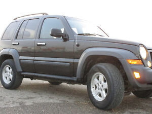 2005 Jeep Liberty Sport 4X4 SUV, Crossover