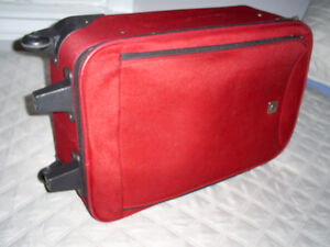 Travel Suitcase (Used) (with wheels & handle)