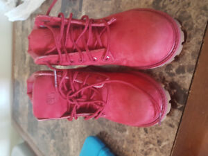Toddler timberland boots size 9