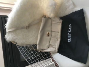 Ruby Kats White leather shoulder bag never used with tags