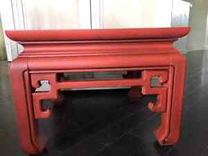 Solid Hard Wood Red Grunge Table