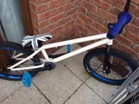 Custom bmx bikes, pro spec, like new stunt bicycle