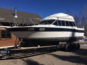 Bayliner Flybridge Contessa 33 pieds