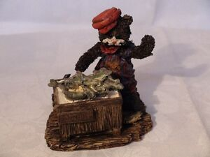 """Cottage Collectibles """"Sneakers-Something Fishy"""" Figurine London Ontario image 3"""