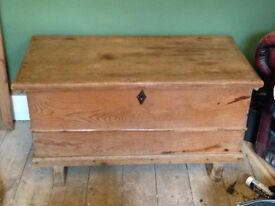Gorgeous huge victorian trunk blanket box chest pine