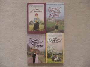 Lucy Montgomery Anne Of Green Gables Book Lot (4 Books)