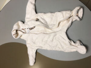 Burberry infant hooded 1 piece white warm & fuzzy Romper