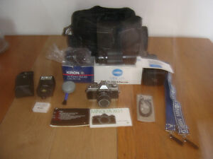 Minolta 35mm Camera Flash Zoom Lens Lot