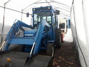 Tracteur Ford 1910 4x4 1987