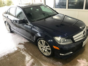 Excellent Condition Mercedes Benz C350