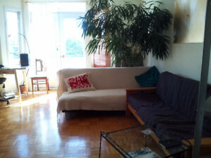 Sublet in the Mile-End / December 27th' 18 to  March 10th '19