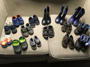 Souliers et bottes pour enfants