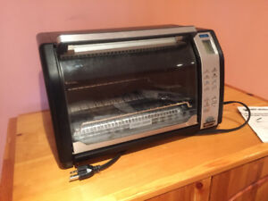 Black and Decker Toaster Oven/Oven