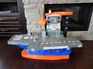 """LARGE Fisher Price Aircraft Carrier  36"""" long x15""""deep x23"""" Tall"""