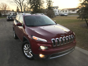 2015 Jeep Cherokee Limited = FULLY LOADED