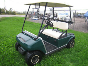 "2004 CLUB CAR ""DS"" GAS GOLF CART"