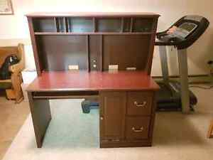 Desk. Comes in 2 pieces. Trade or offers
