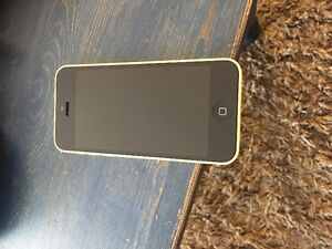 Mint condition yellow I phone 5 c