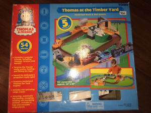 Thomas and Friends at the TImber Yard - Motorrized Playset
