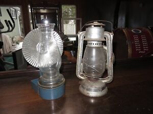 VINTAGE OIL LAMPS IN GREAT CONDITION asking $45 or best offer, P
