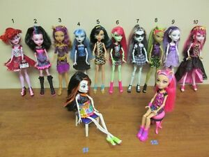 13 Jolies Monster High.....IMPECCABLE.....2 pour $18