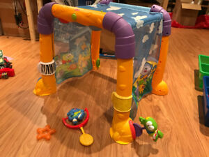 Fisher-Price Activity Tunnel